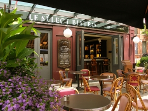 Select Bistro outside cafe